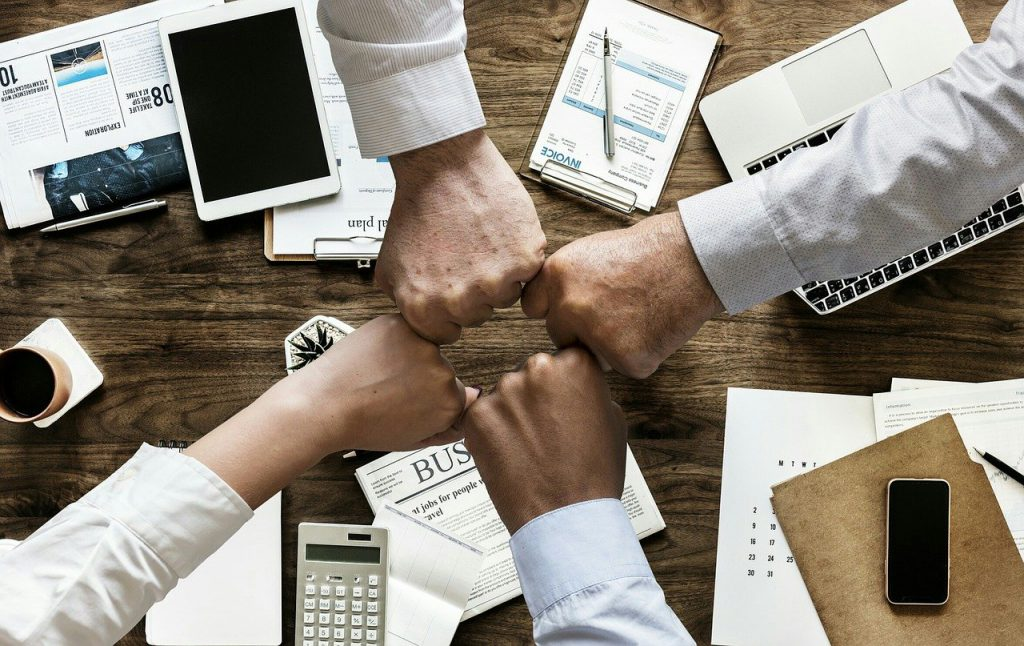 Remote Teamevents – trotz Shutdown das Zusammengehörigkeitsgefühl im Unternehmen stärken